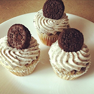 Cookies-N-Cream-Mini-Cupcakes-web